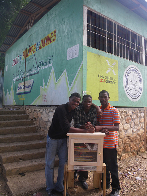 Little Free Library no Haití.