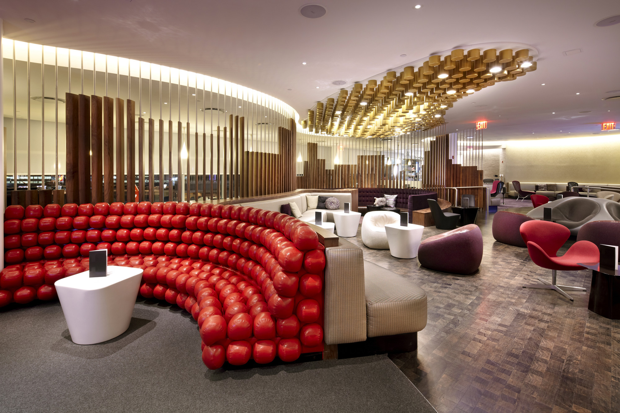 Virgin atlantic clubhouse slade architecture archdaily for Residential clubhouse designs