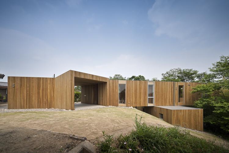 + node / UID Architects, © Hiroshi Ueda