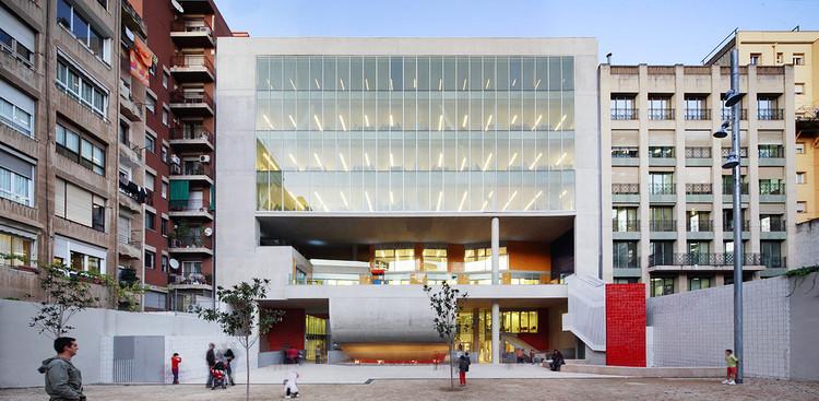 Edificio Collage / Rahola Vidal, © José Hevia
