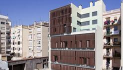Edificio de 30 Viviendas / Rahola Vidal