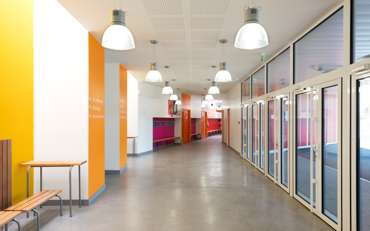 Jean Moulin School Prinvault Architectes Archdaily