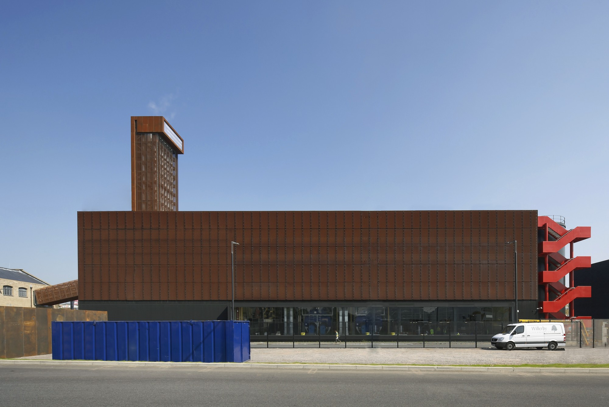 Olympic Energy Centres / John McAslan + Partners, © Hufton + Crow