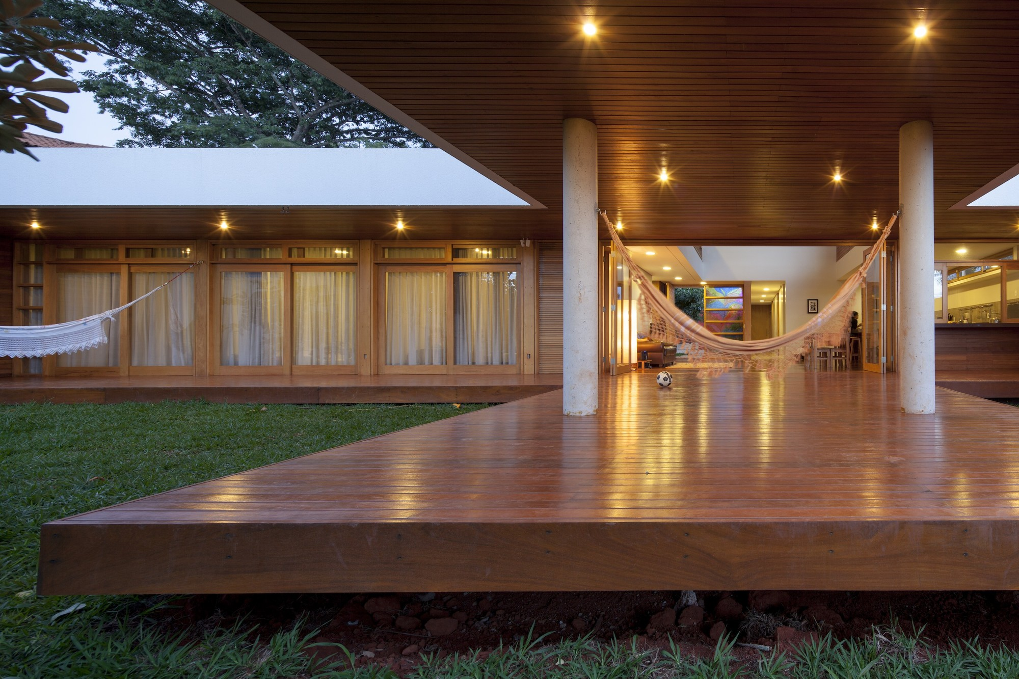 Brasilia Tag Archdaily Page 5 # Muebles Rafael Palacios