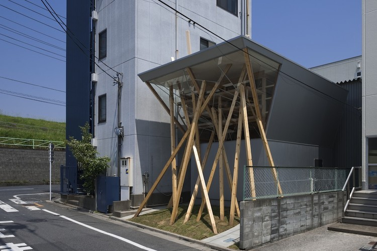 Nousfit Warehouse / Hideo Horikawa Architect & Associates, © Katsuhisa Kida