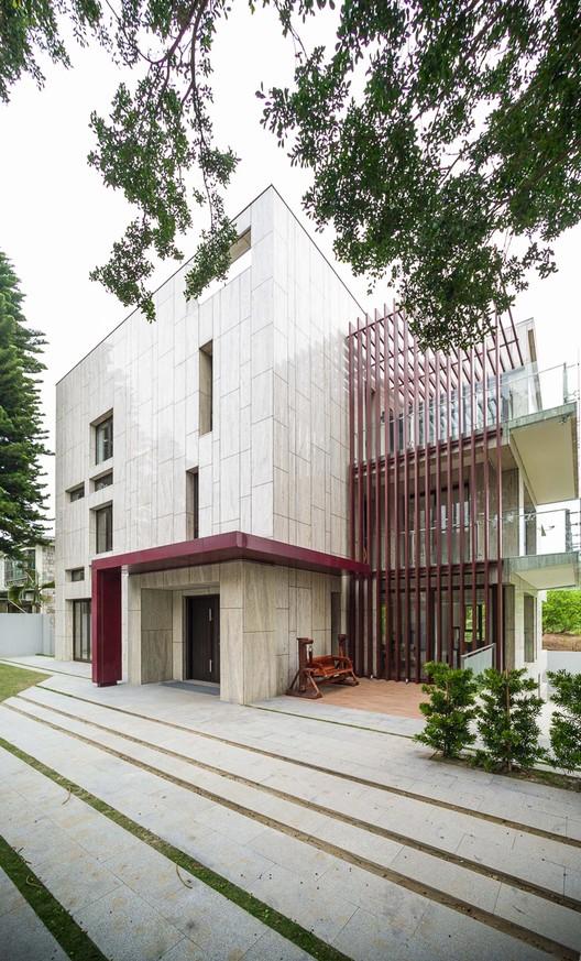 Re-born House / DL Design/TL Architects & Associates, Courtesy of DL Design/TL Architects & Associates/HY KO