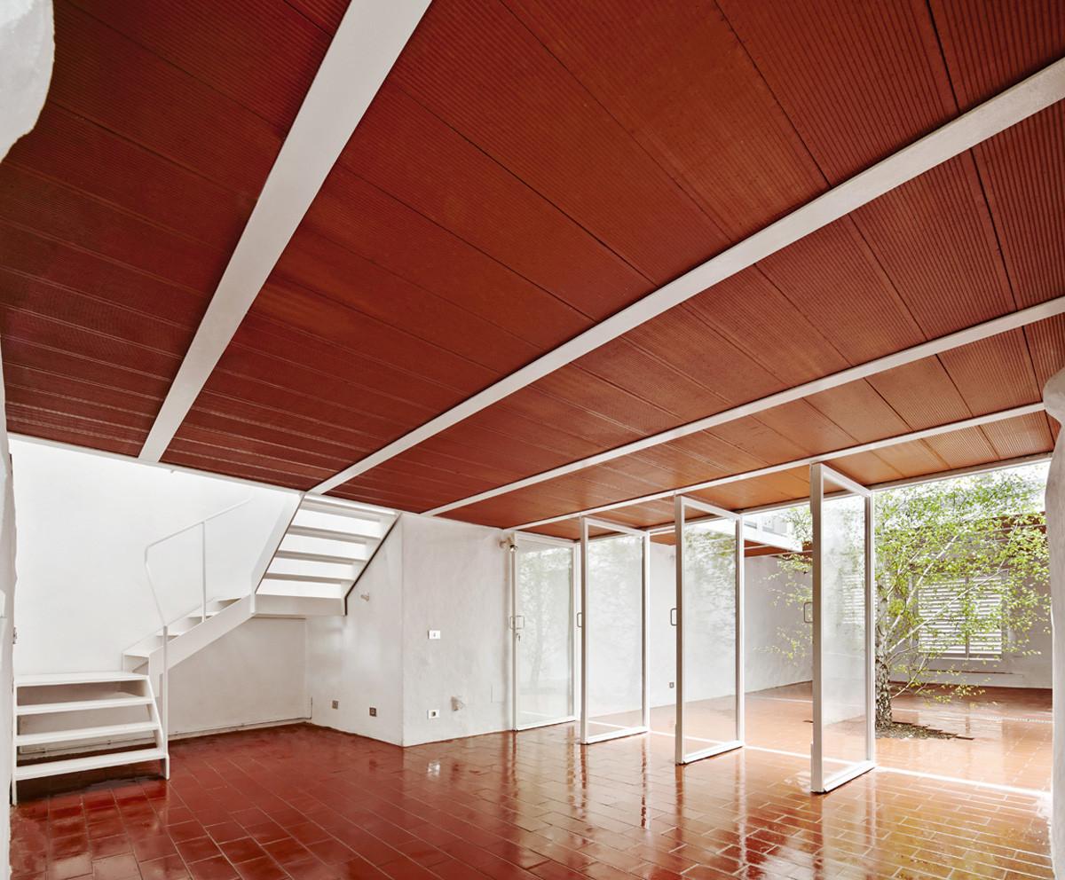 Gallery of casa luz arquitectura g 8 - Luz pulsada en casa ...