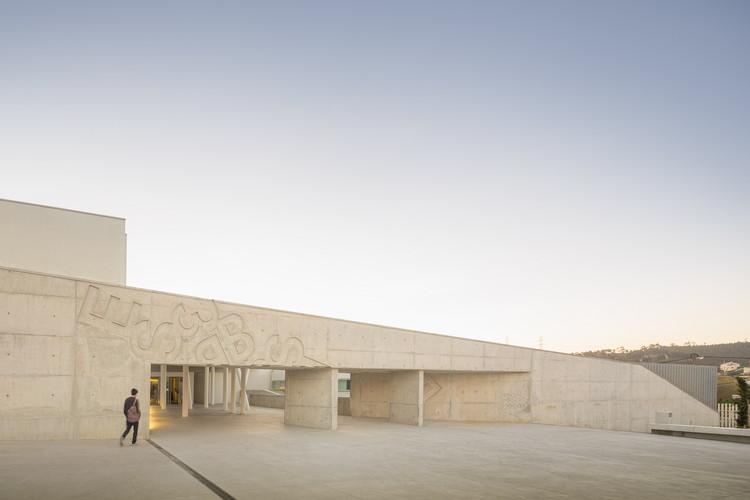 Escola Secundária de Caneças / ARX, © Fernando Guerra | FG+SG