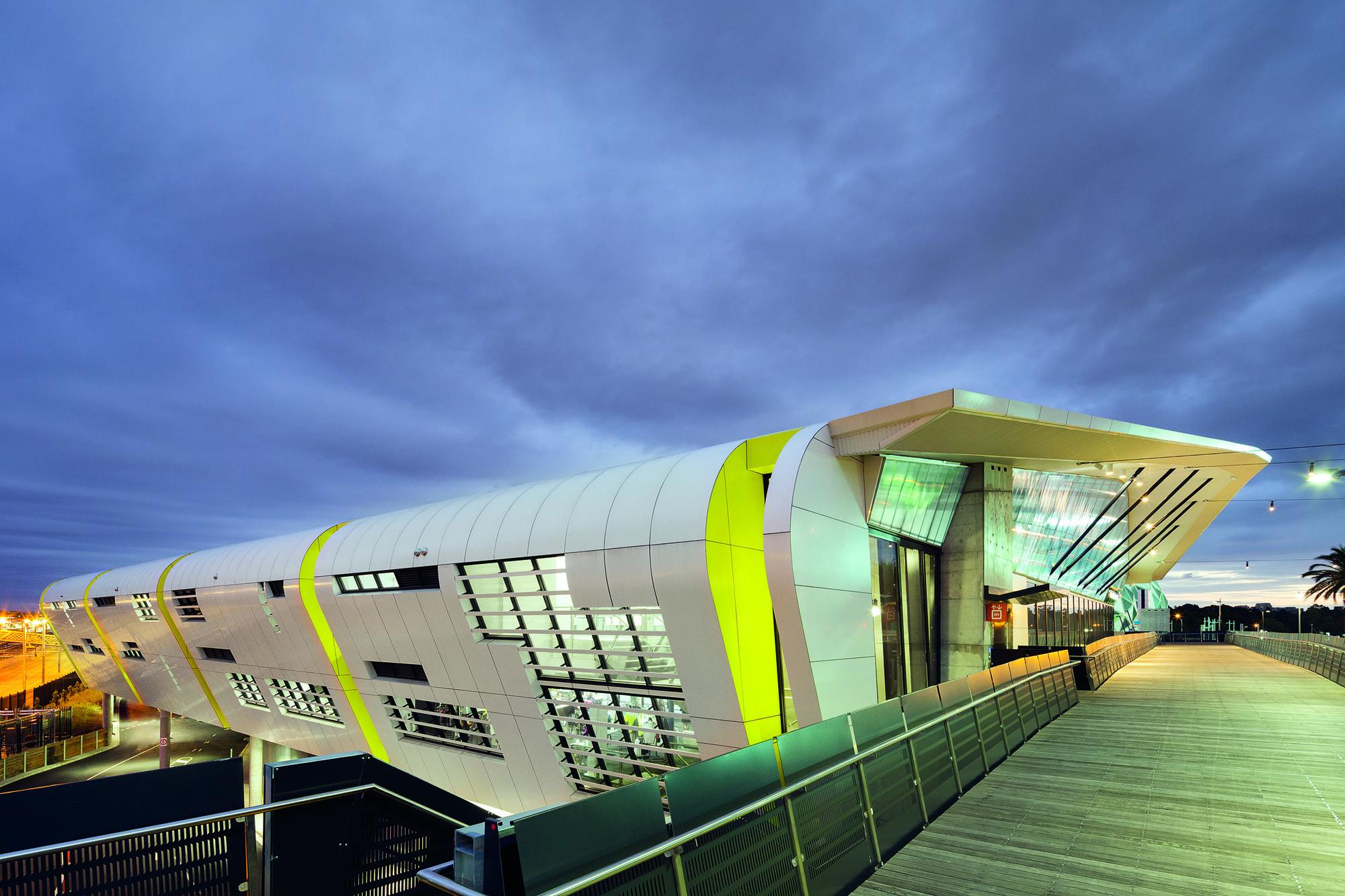 National Tennis Centre / Jackson Architecture, © John Gollings