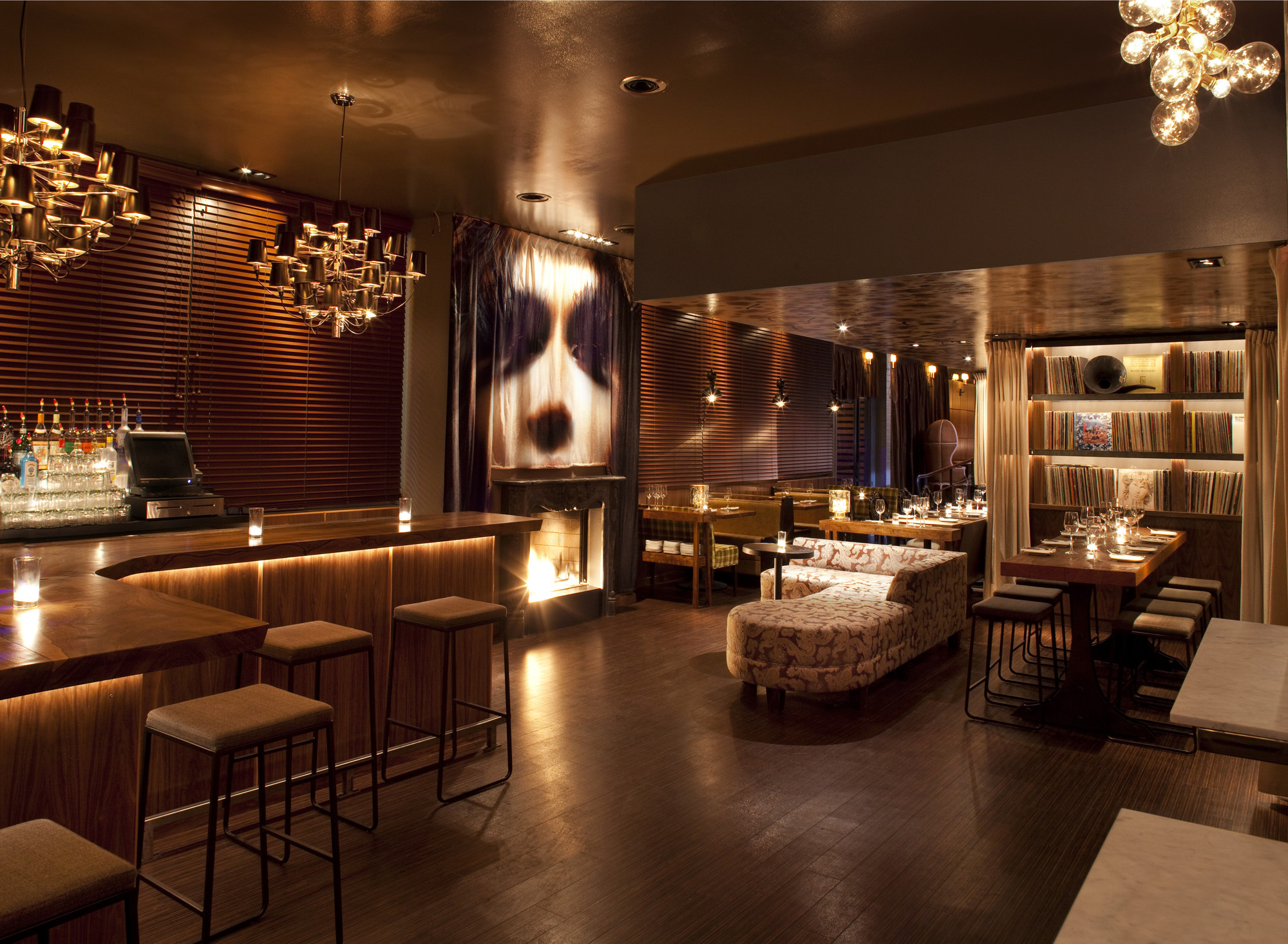 Chambers eat drink mr important design archdaily for Deco lounge bar restaurant