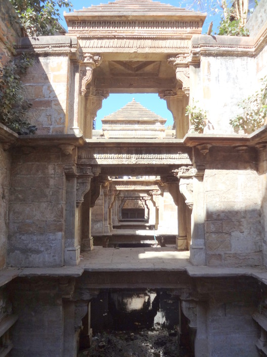 India's Forgotten Stepwells | ArchDaily