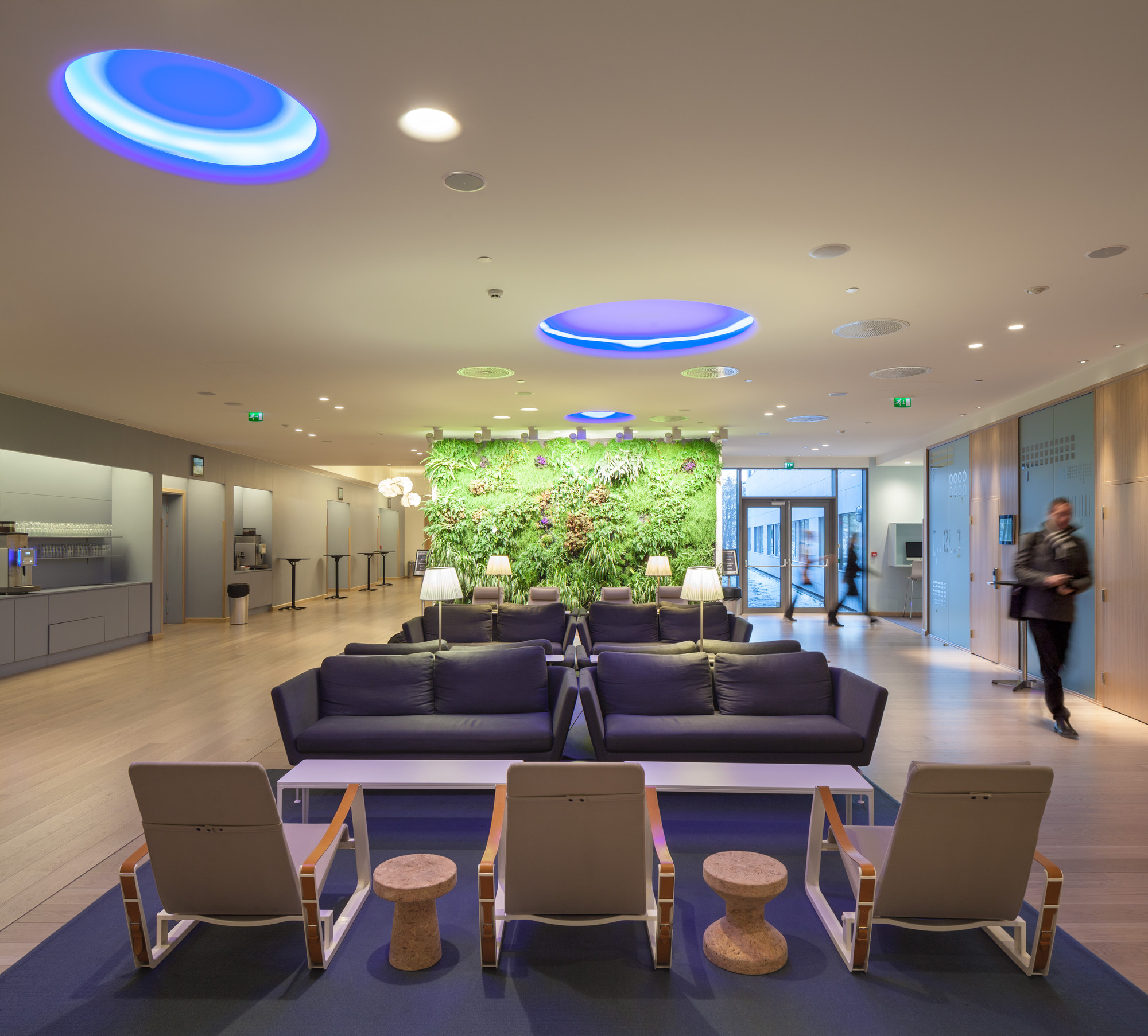 Gallery of quality hotel expo haptic architects 17 for Office design expo
