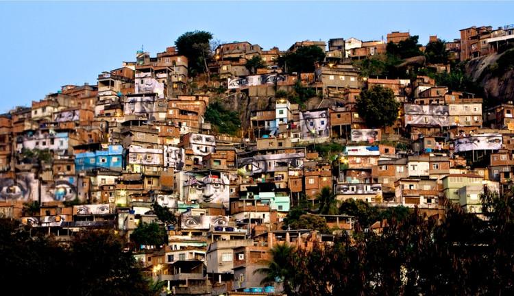 Comissão de Habitação para avaliar intervenções urbanas do Rio é criada em debate do IAB