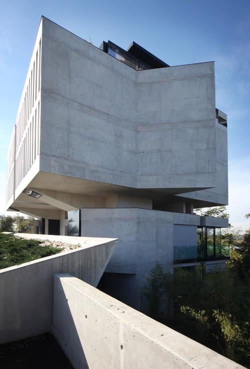 Edifício na Via Pesenti 91 / Matteo Casari Architetti, © Laura Pietra