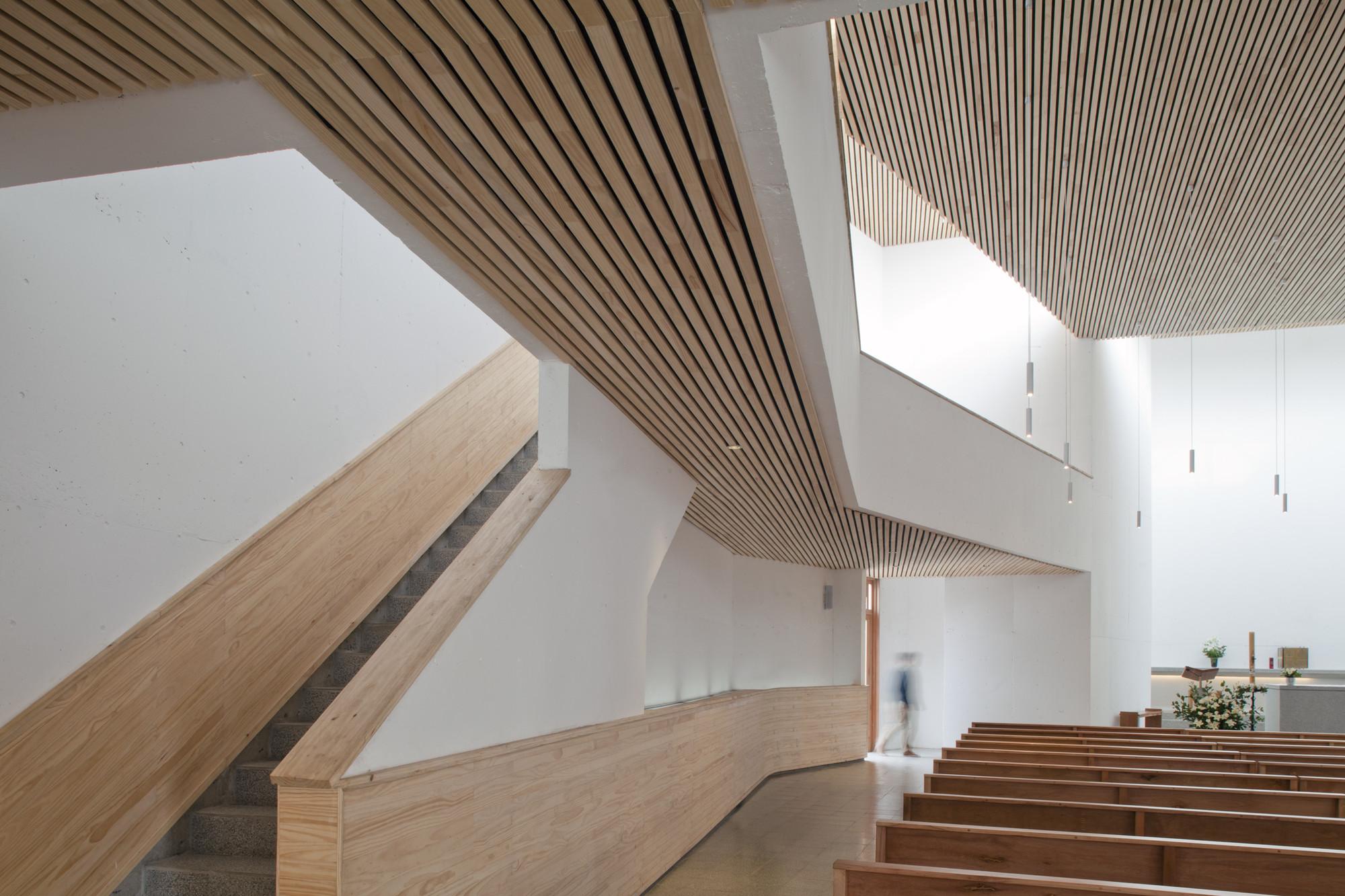 Tomas Browne Tag Plataforma Arquitectura # Fabrica De Muebles Pudahuel