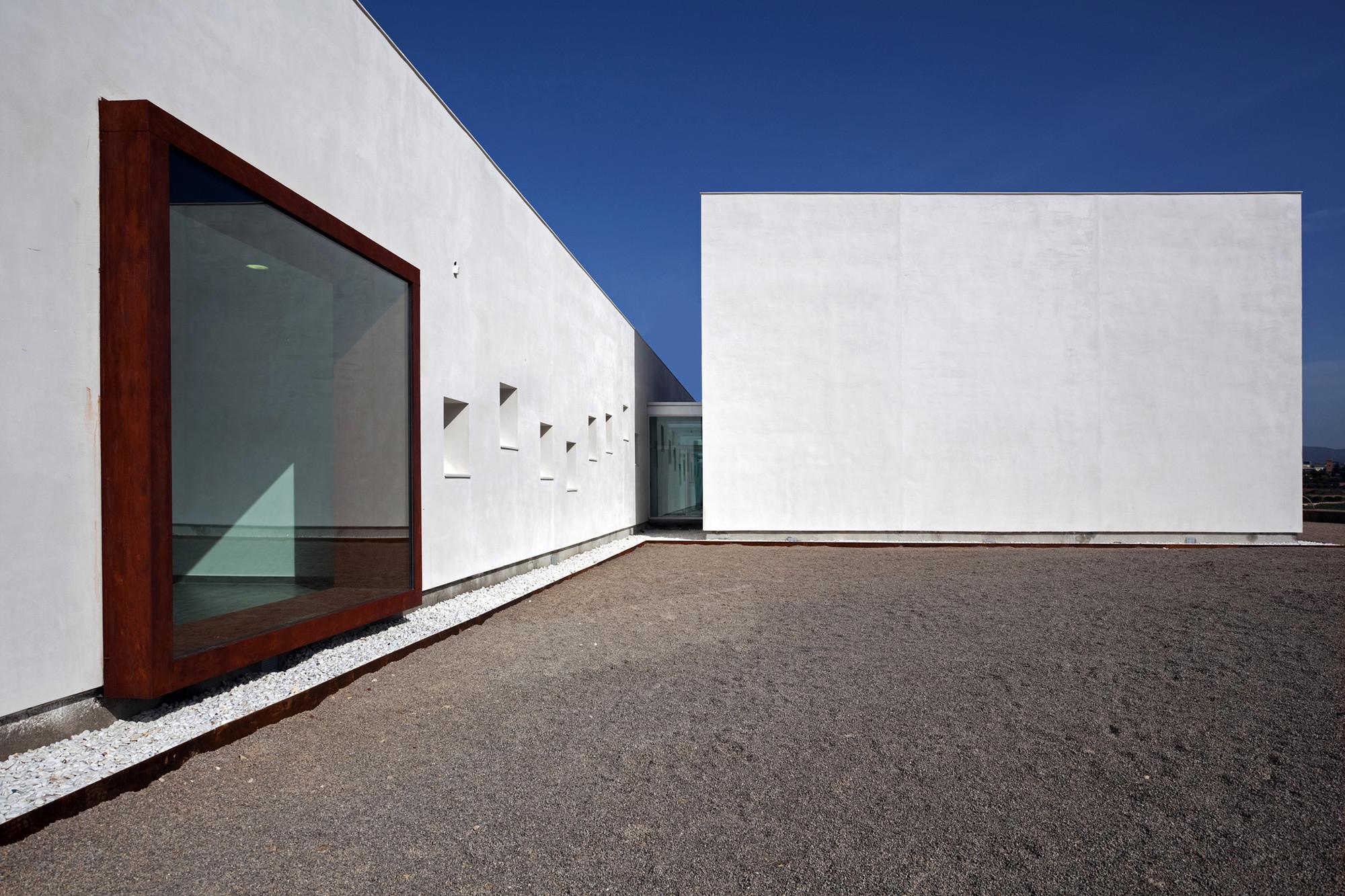Dance School in Lliria / hidalgomora arquitectura, © Diego Opazo