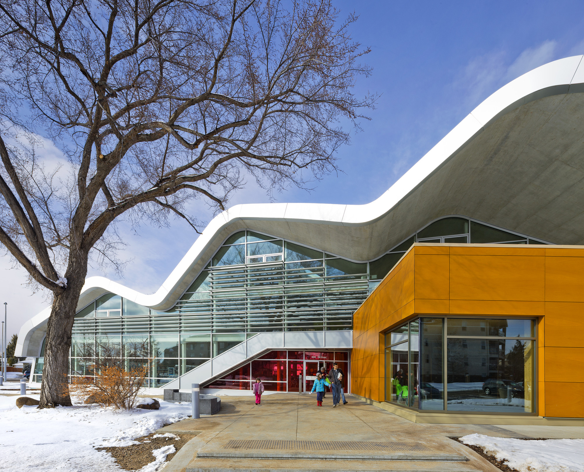 Jasper Place Branch Library Hcma Dub Architects Archdaily