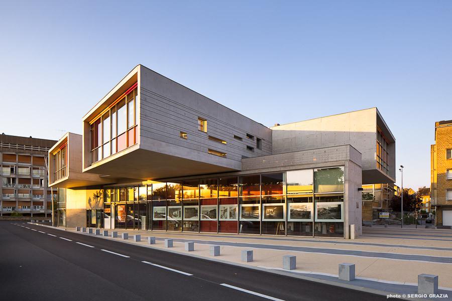 Galer a de centro cultural sedan richard schoeller for Edificios educativos arquitectura