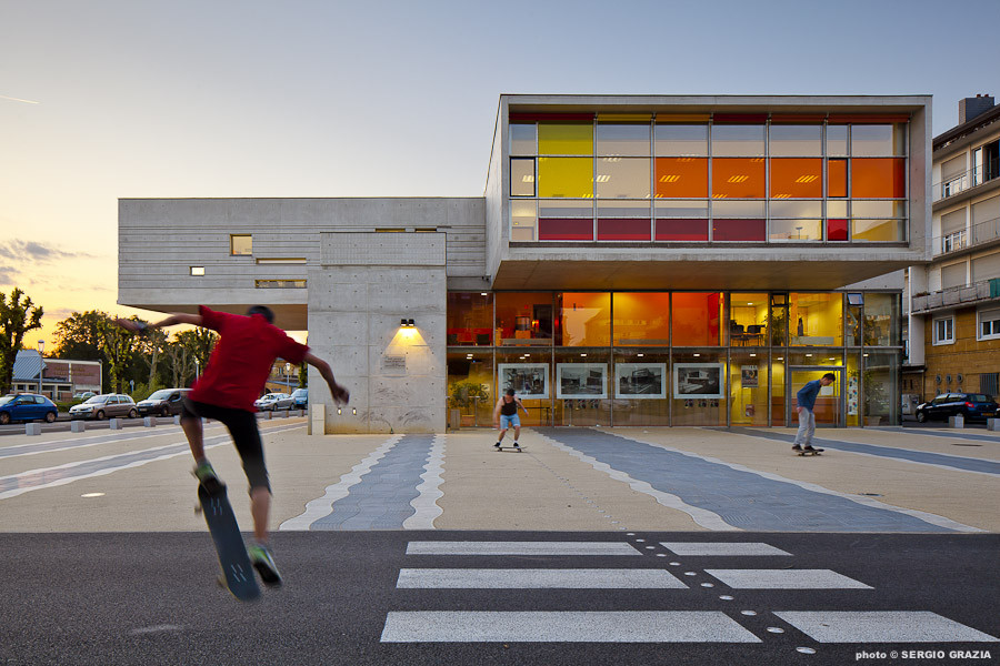 Centro Cultural Sedan / Richard + Schoeller Architectes