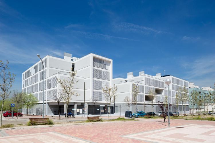 163 Viviendas VPPA en Vallecas / Olalquiaga Arquitectos, © Miguel de Guzmán