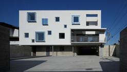 White Colony / Keikichi Yamauchi Architect and Associates