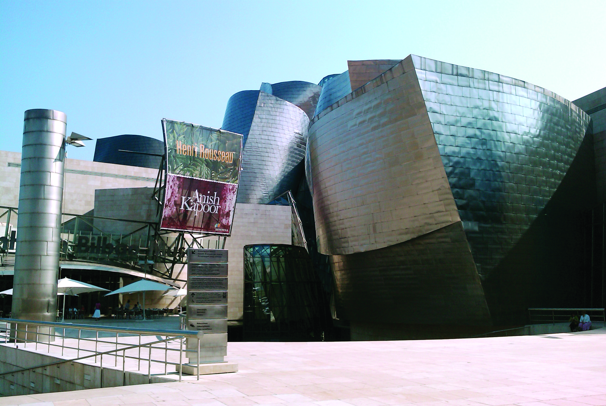 Architecture 101 Lecture Series, Bilbao / © Flickr user EEPaul. Used under <a href='https://creativecommons.org/licenses/by-sa/2.0/'>Creative Commons</a>