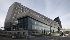 Doppio Hotel and Offices / ArchitekturConsult