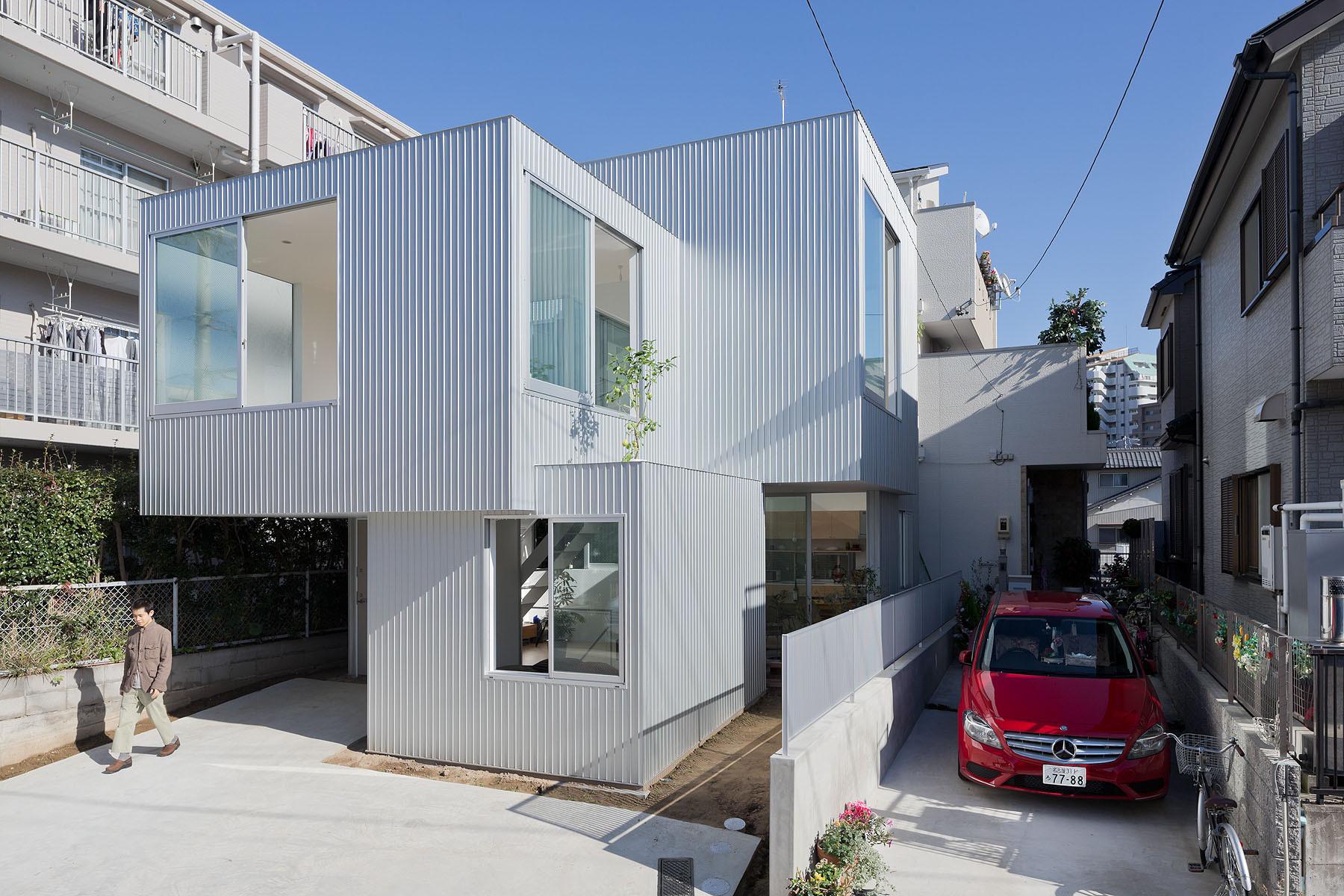 House in Chayagasaka / Tetsuo Kondo Architects, ©  Iwan Baan