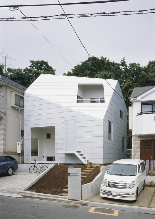 Casa con Jardines / Tetsuo Kondo Architects, © Ken'ichi Suzuki