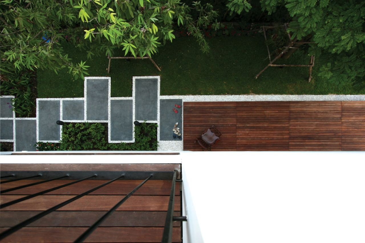 Gallery of baan moom integrated field 15 for Garden design ideas thailand
