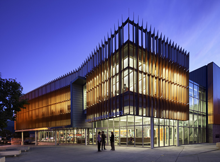 District of Columbia Public Library / The Freelon Group Architects, © Mark Herboth