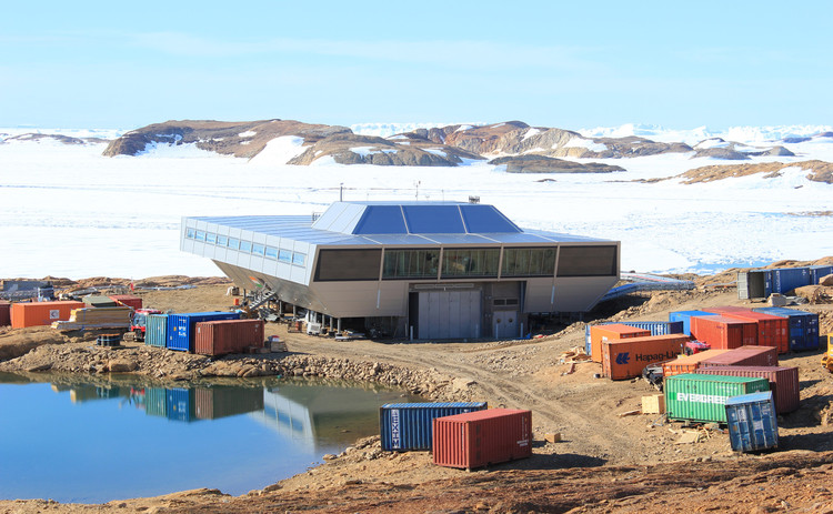 Base en la Antártica para la India / Bof Architekten, Cortesía de Bof Architekten