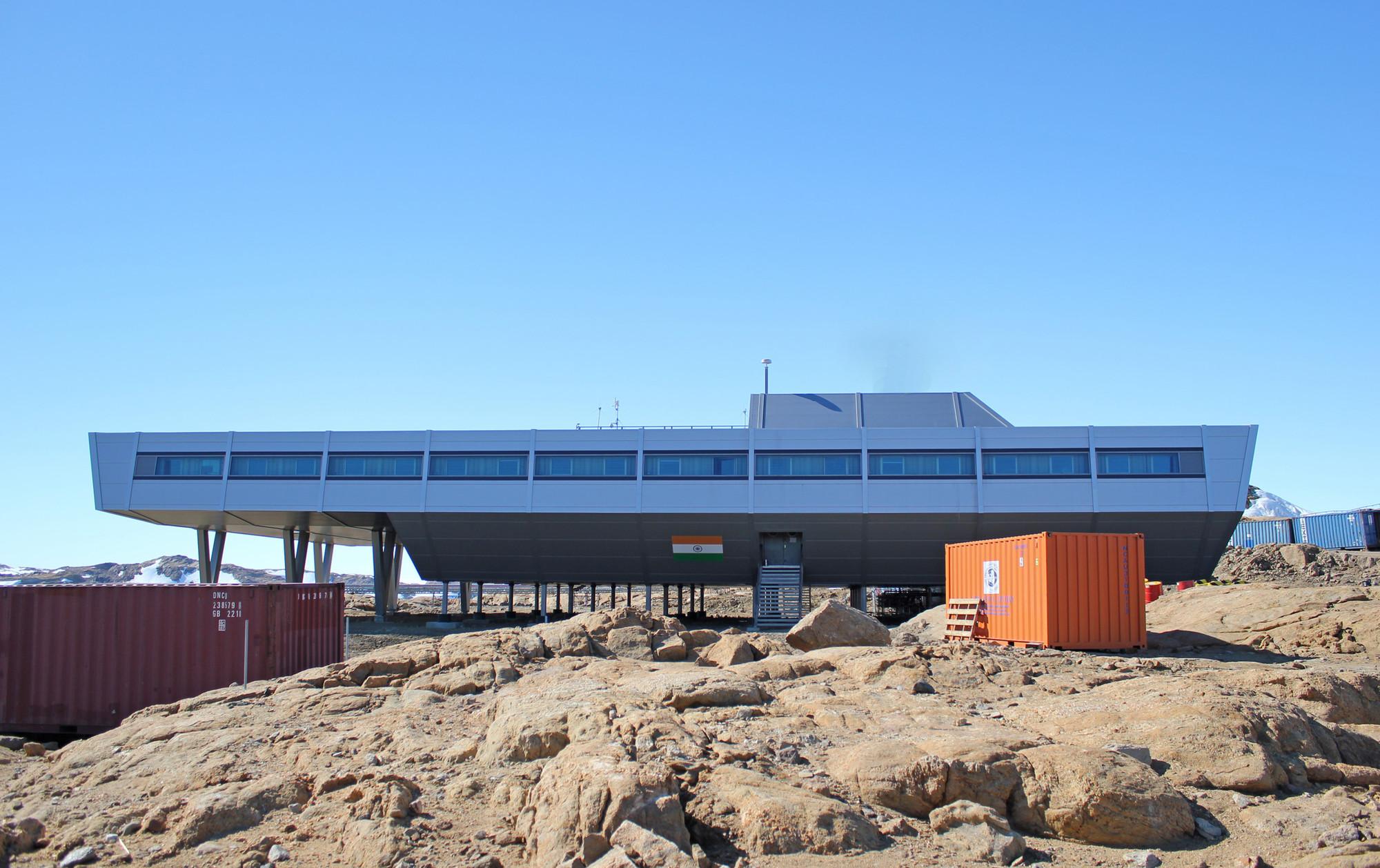 research centre of india in antarctica