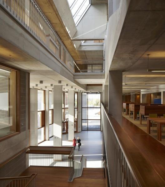 University of Limerick Medical School and Pergola Bus Shelter, Ireland by Grafton Architects © Dennis Gilbert