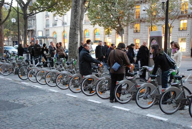 Mapeamento de aluguel de bicicletas em 100 cidades