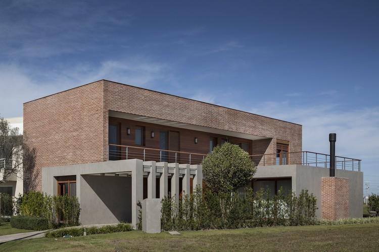 Casa E79 / Seferin Arquitetura + Mariana Fogliato, © Marcelo Donadussi