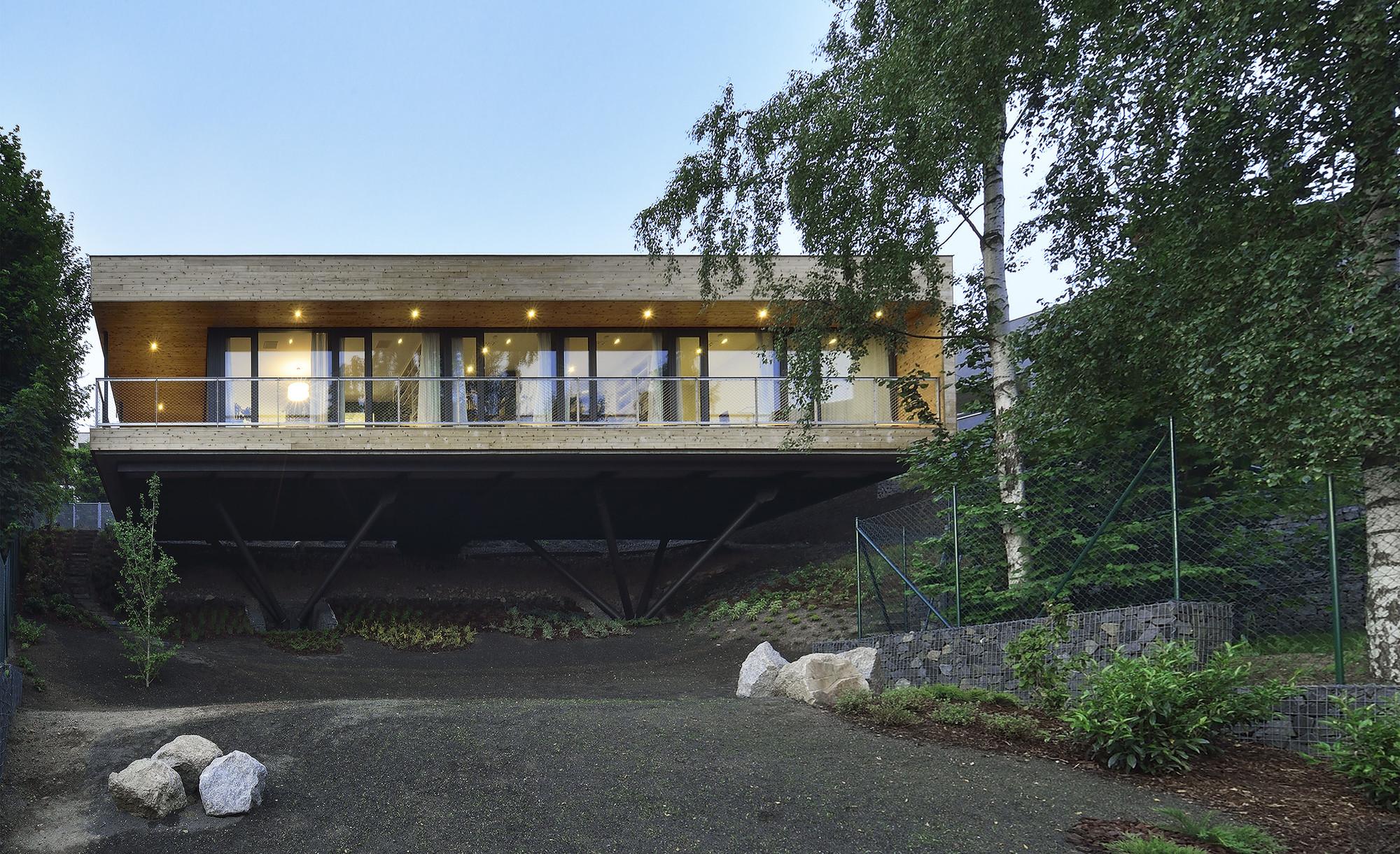 Vivienda Familiar Mseno / Stempel & Tesar Architekti