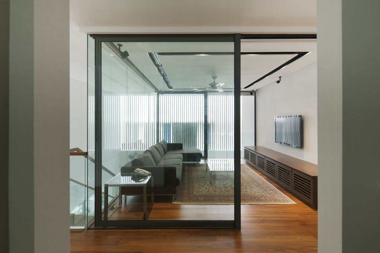 interior glass walls for homes gallery of wind vault house wallflower architecture 24492