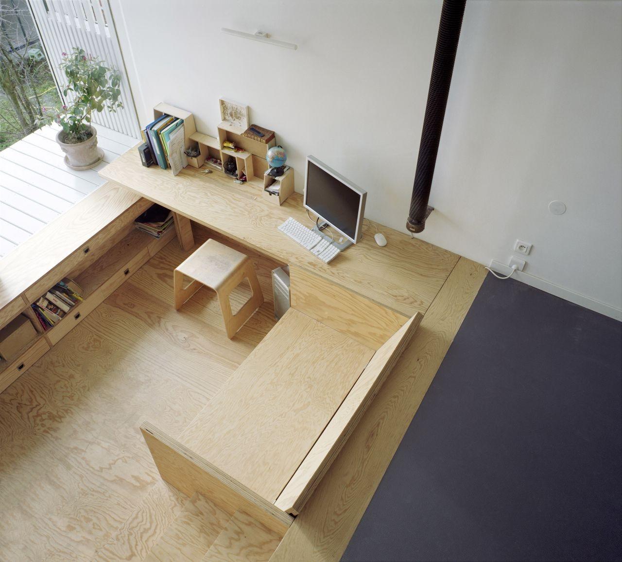 A Suspended Room / NeM Architectes