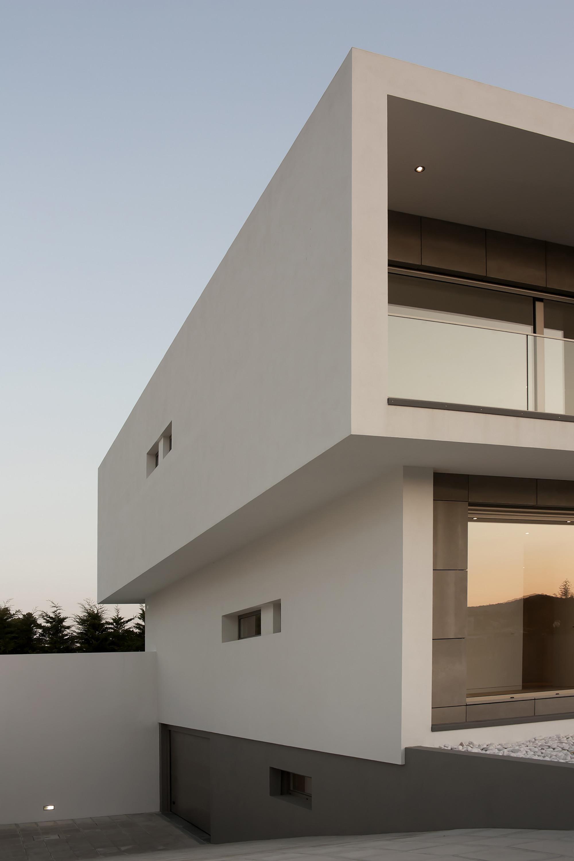 Galeria de casa paulo rolo inspazo arquitectura 4 for Imagenes de fachadas de oficinas modernas