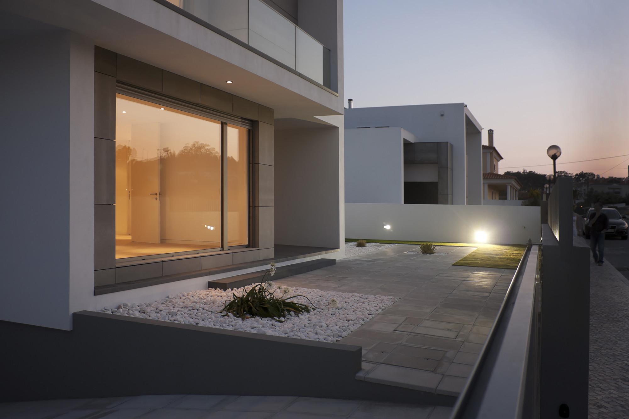 Galeria de casa paulo rolo inspazo arquitectura 3 for Casa moderna 44 belvedere