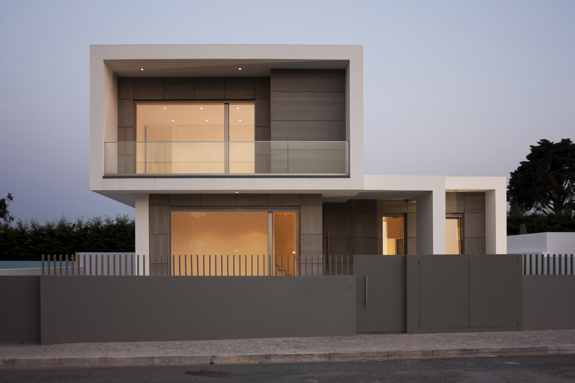 Paulo rolo house inspazo arquitectura archdaily for Arquitectura moderna casas