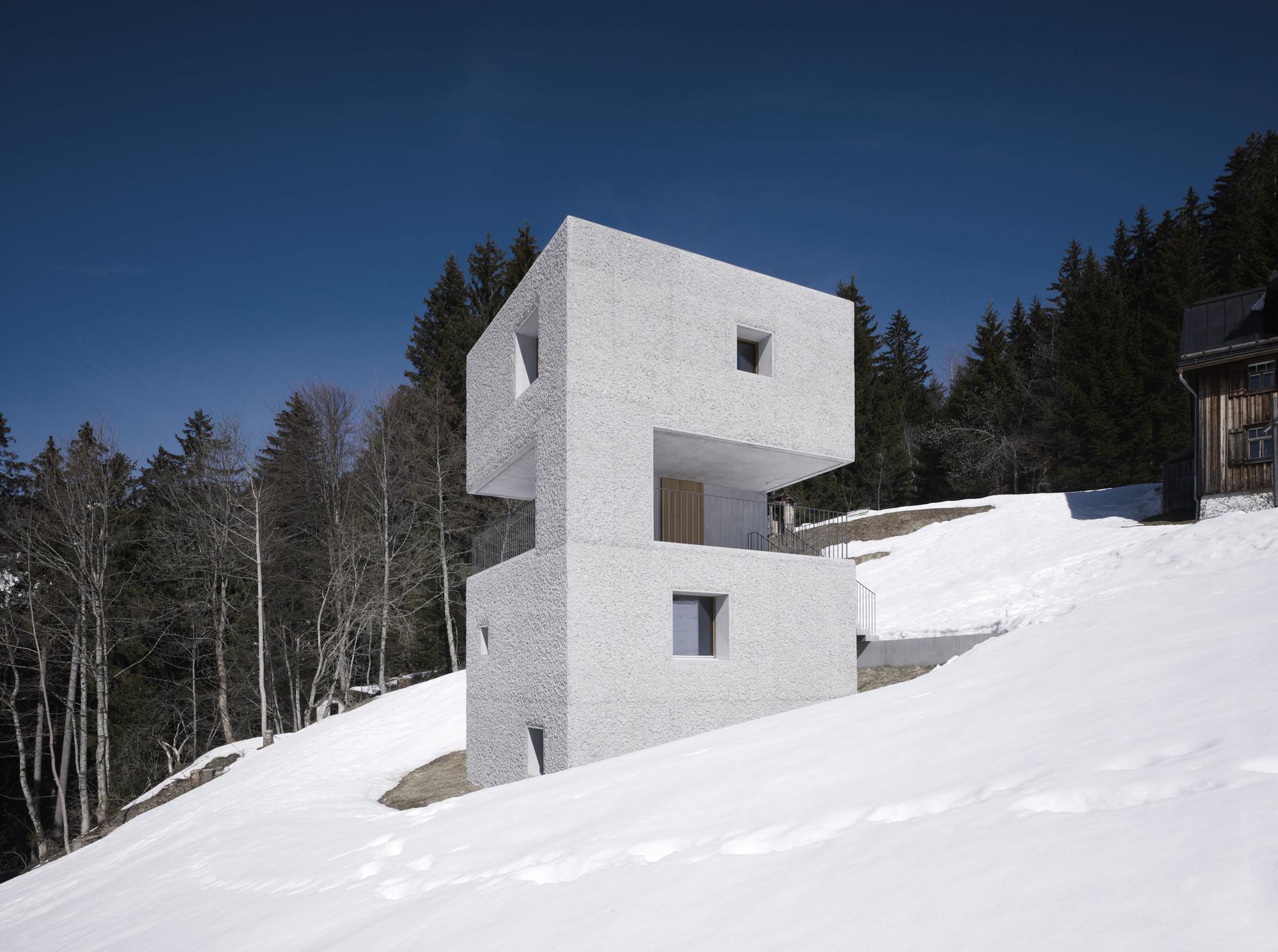 mountain cabin marte marte architekten archdaily. Black Bedroom Furniture Sets. Home Design Ideas