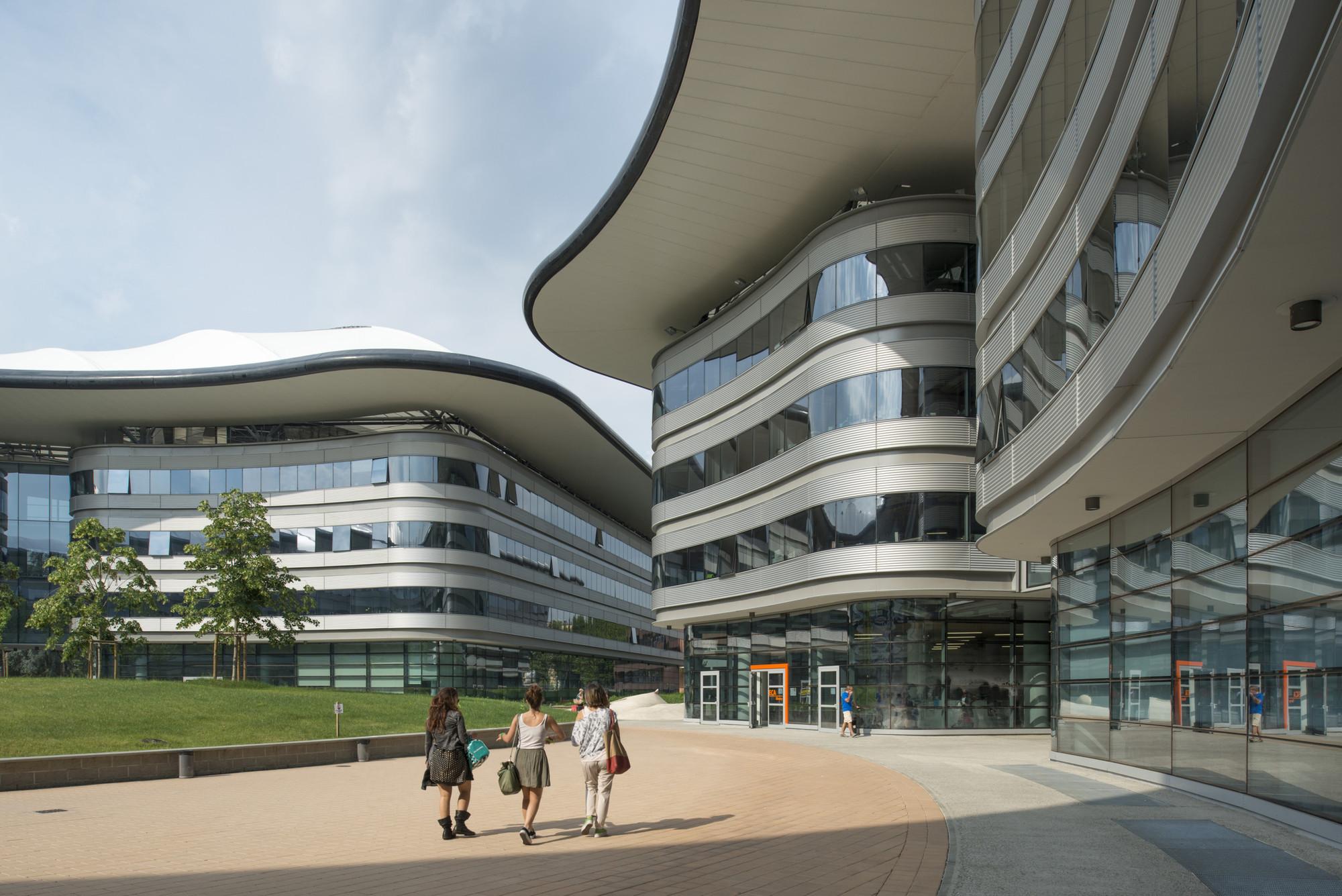 Campus Luigi Einaudi / Foster + Partners