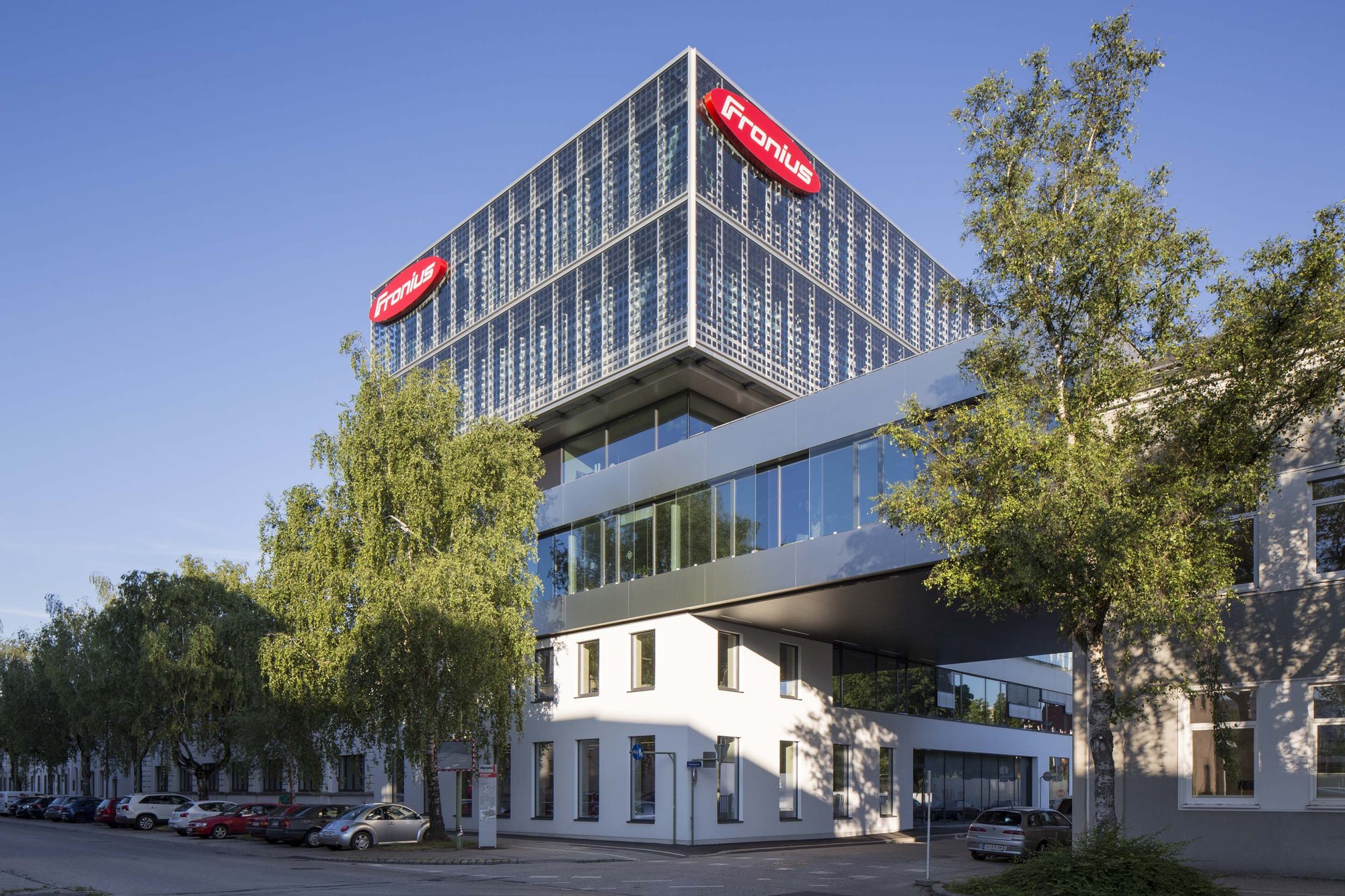Fronius / PAUAT Architects, Courtesy of PAUAT/ Luttenberger