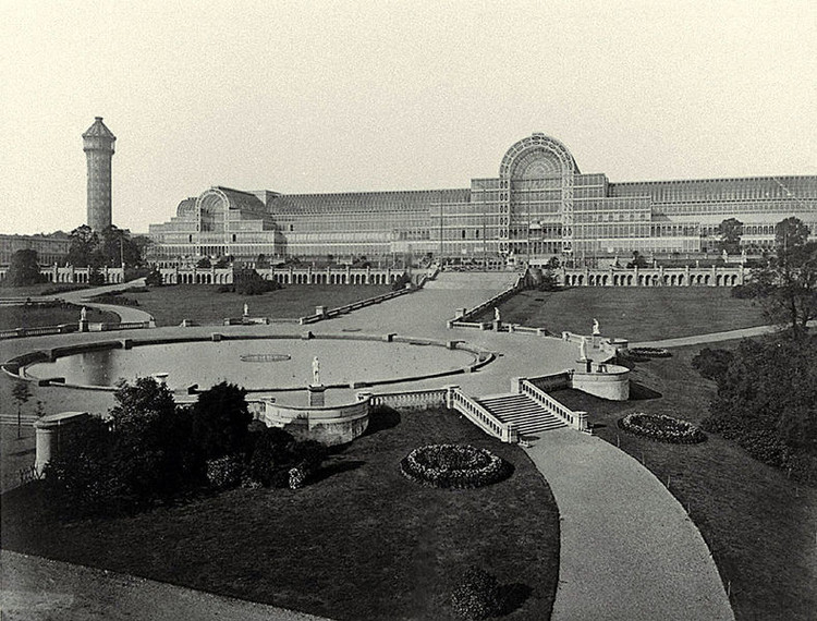 Investidores chineses planejam construir réplica do Palácio de Cristal, The Crystal Palace at Sydenham Hill, 1854. Photo by Philip Henry Delamotte © Wikimedia Commons
