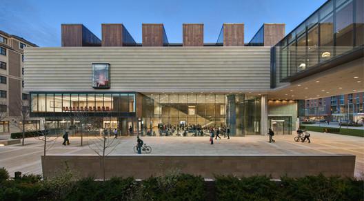The Chazen Museum of Art / Machado and Silvetti Associates