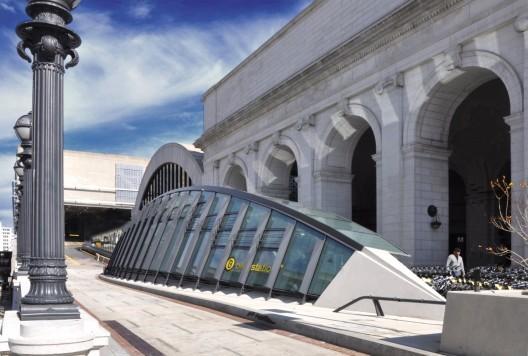 Union Station Bicycle Transit Center in Washington DC. Courtesy of KGP design