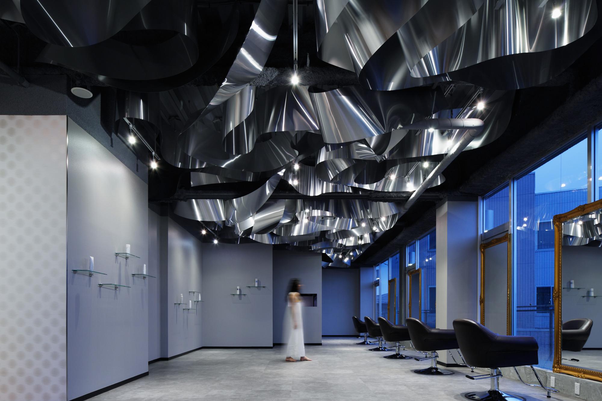 ARKHE Beauty Salon / Moriyuki Ochiai Architects, © Atsushi Ishida