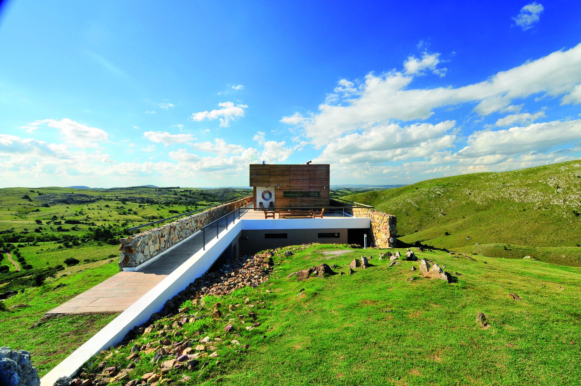 Mystic Hill / FDS Arquitectos, © Jose Pampin